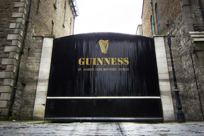 Pontos turísticos em Dublin: Guinness Storehouse