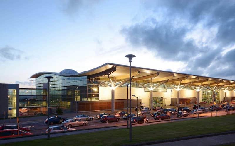 Cork - aeroporto perto de Dublin
