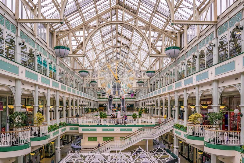Shopping Stephen's Green em Dublin