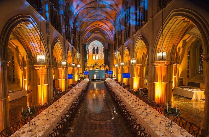 Interior da Catedral da Santíssima Trindade em Dublin