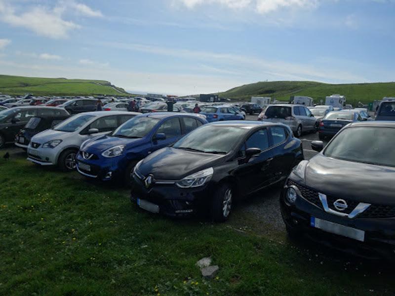 Estacionamento em Cliffs de Moher